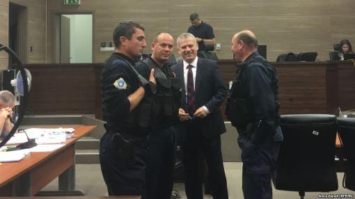 Bez daljih razgovora o bošnjačkoj državnoj mafiji: Fahrudin Radončić poslednjeg dana svedočenja u sudu u Prištini