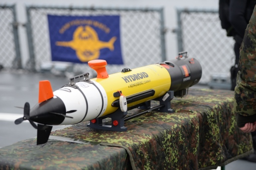 A Remus underwater drone, pictured on bord the corvette Braunschweig at the naval base in Kiel, Germany, 19 Janaury 2016. During her visit, Chancellor Merkel learned about the tasks and capabilities of the units of Einsatzflotille 1. PHOTO: LUKAS SCHULZE/DPA/DPA/PIXSELL