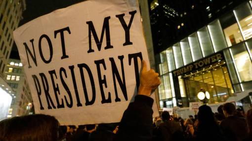 U New Yorku demonstranti uzvikivali: 'On nije naš predsjednik!', EPA