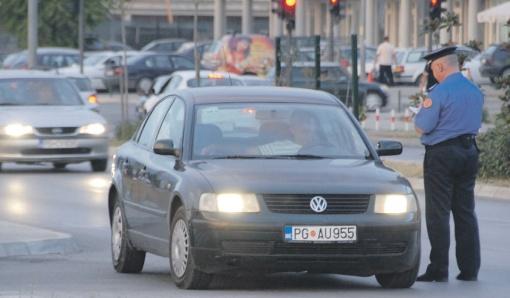 Saobraćajci ne prezaju od mita (Ilustracija),Foto: Vesko Belojević