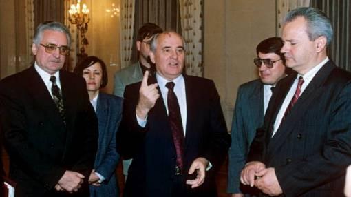 """Dogovor o """"prepuštanju"""" Bosanske Posavine Republici Srpskoj utanačiili su Tuđman i Milošević, a potpisali Radovan Karadžić i Mate Boban, EPA"""