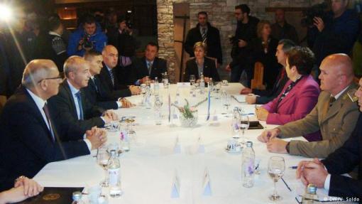 Radni ručak delegacija BiH i Hrvatske na čelu sa ministrima obrane dvije zemlje